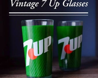 Vintage 7 Up collectible glass drinkware set