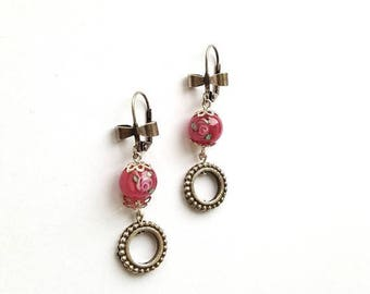 Pearl earrings in pinkflower