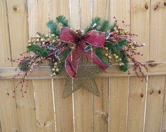 Christmas Gold Star Swag ~ Gold Star Wreath ~ Gold Star Door Hanger ~ Christmas Decor ~ Golds Star and Christmas Decorations ~ Gold and Red