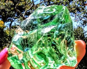 Lovely 'Grass-Green' Andara Crystal!