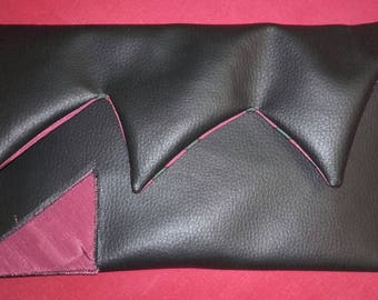 FAUX BLACK LEATHER EVENING BAG AND TISSUE