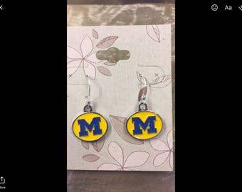 University of Michigan Earrings on sterling silver ear wires, U of M earrings, Wolverine Jewelry, NCAA, College Logo
