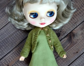 Knitted outfit for Blythe doll, clothes for Blythe, sweater for Blythe, BLYTHE doll hand knit wool cardigan sweater,