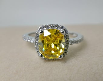 SALE! Yellow Cubic Zirconia engagement ring in 925 silver