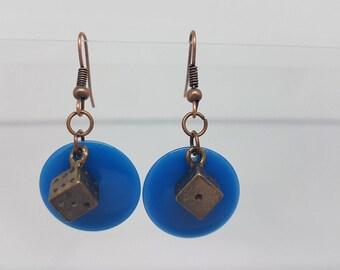 Earrings - small de on Blue Pearl