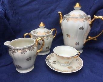 Limoges Porcelain ULIM [Union Limousine], 15 piece Tea /coffee set