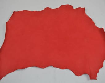 Red dipped sheep leather skin (9302875)