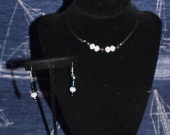 Black and white choker and earring set