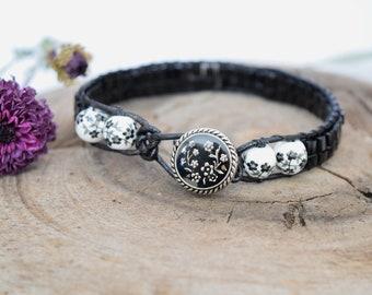 Black Floral Beaded Bracelet
