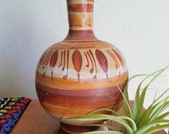 Native American Vintage Bottom Round Vase