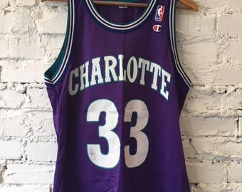 Vintage Champion Charlotte Hornets Basketball Jersey / Size Large / Alonzo Mourning / 90s 1990s / NBA / 33 / Size 44