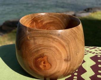 "Hawaiian Crepe Myrtle bowl / Small Calabash - 3.5"" (8.9cm) x 2.5"" (6.4cm)"
