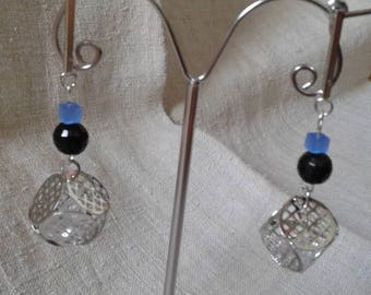 "Earrings ""of small silver"""