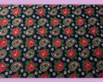 charming small French vintage fabric roses and flowers