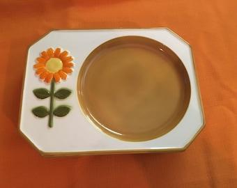 Set of 4 Vintage 70s Flower Power Serving Plates