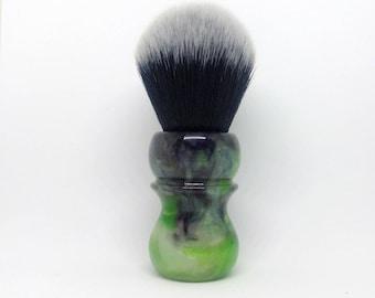 Ekto Shaving Brush with 26mm Maggard Black and White knot