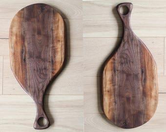 Cutting Board Live Edge, Charcuterie Board, Black Ontario Walnut, Artisan Serving Board, Wood Serving Tray, Cheese Platter