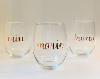 Personalized Rose Gold Stemless Wine Glass - Birthday Wine Glass - Bridesmaid Wine Glass - Rose Gold Stemless Wine Glass - 21st Birthday
