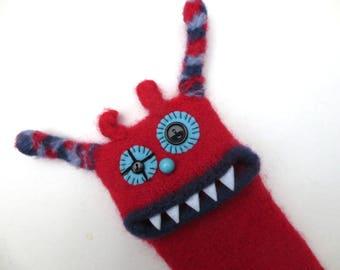 """Smartphone Monster """"Senta"""", knitted, felted, mobile, Samsung Galaxy S7 edge, bag, case, cell phone monster, felt"""