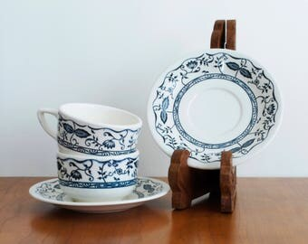 Cavalier Ironstone Blue Onion teacups and saucers - blue and white china - Royal (USA)