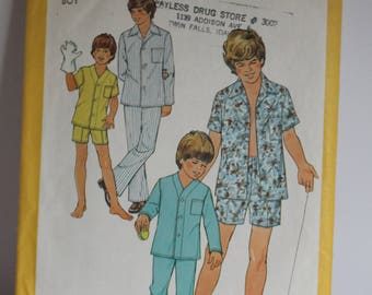 Simplicity 6427 Boys pajamas in 2 lengths