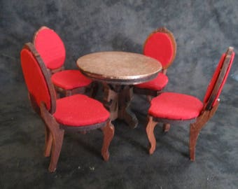 dollhouse miniatures, miniature furniture