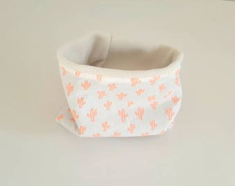 Snood or neck reversible girl child size 0-18 months, lined with fleece fabric and beige printed cotton, neon cactus