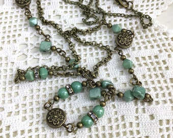 Green beaded necklace, glass beads necklace, antique style necklace