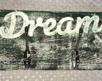 Dream coat hanger