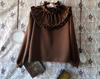 Blouse decorated in gabardine