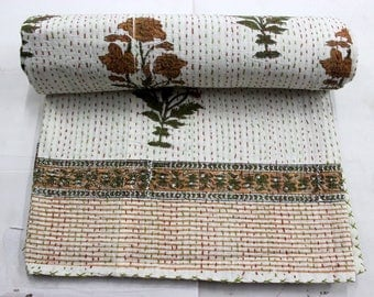 Hand made kantha quilt vintage Queen size  throw hand stitched flower Print 91*108''  kantha bedcover Throw