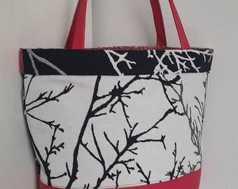 Hand bag black and white