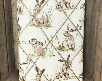Hare Memo Board