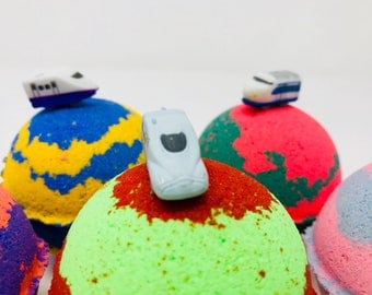 Sale! 5 5.0 oz or 7.0 oz Train Bath Bomb Party Favor Set with Surprise Toy Train Inside