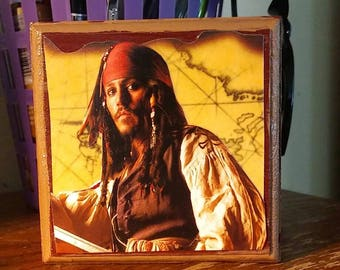 hand painted decorated jack sparrow treasure box .magnetic close with the pirate johnny depp pirates of tge carribean