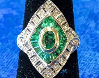 Vintage 18k Gold Two-Tone Emerald & Diamond Ring