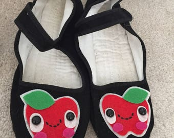 Mary Janes apple shoes size 7