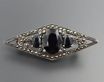 Vintage art deco sterling silver marcasite and spinel brooch pin