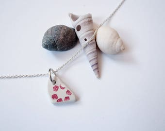 Floral patterned sea pottery pendant / necklace
