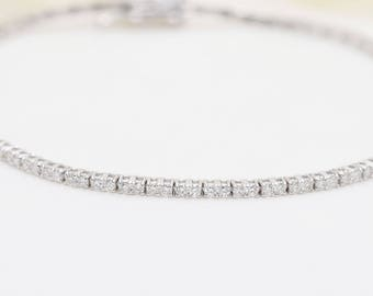 1.35CT Diamond Tennis Bracelet in 18K Gold/ Eternity Diamond Bracelet/High Quality Diamond Engagement Bracelet/Anniversary Bracelet/Bracelet