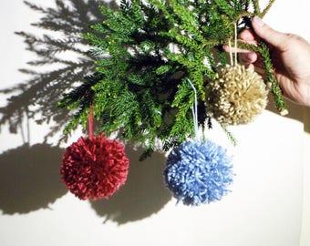 Pom-Pom Christmas tree decorations