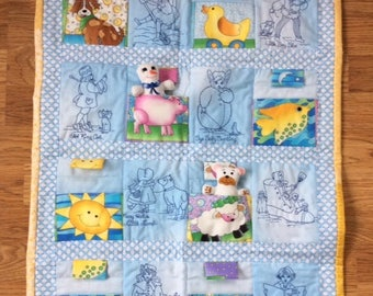 baby/toddler quilt, toys&quilt, baby quilt
