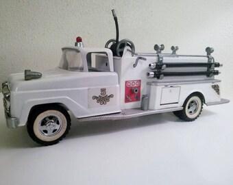 Tonka Pumper, Vintage Suburban Pumper Fire Truck, White Pumper, Mid Century  Toy,