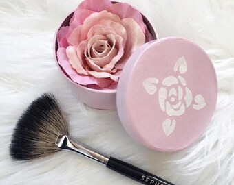 Small Rose Highlighter in Hand Painted Box / Illuminating Powder /