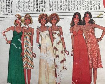 McCalls 5117 Vintage Retro Sun Dress Halter Neck Dress Knee or Maxi length 1970's Sewing Pattern Size 10-14