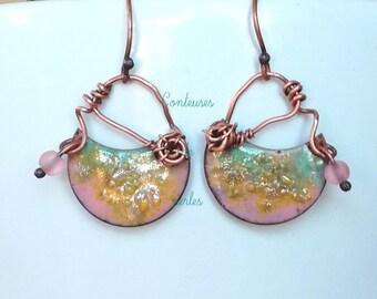 boho enameled earrings, boho enamel earrings, earrings, pair of earrings, copper, rustic, pink, green