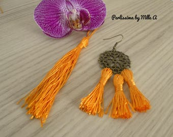 Pompons / tassels / tassels made of polyester with a length of 10-12 cm
