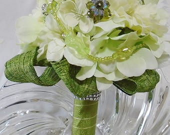 Karida - Brooch Bouquet