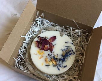 Scented soy wax tablet