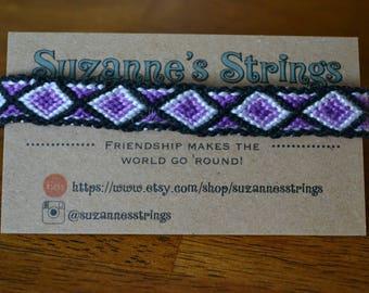 Purple ombre bordered diamond pattern friendship bracelet